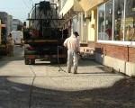 asfaltare-teiului-om-cu-pompa
