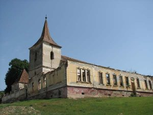 felmer-biserica-fortificata-si-scoala